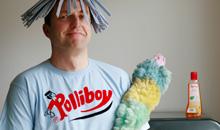 <b> Polliboy </b> <br> Stubenrein am Rhein leben in Poll die modernsten Männer Kölns: Die sogenannten Polliboys.