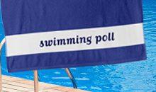 <b> swimmingpoll </b> <br> Poll am Meer. Das Sommerbadetuch.